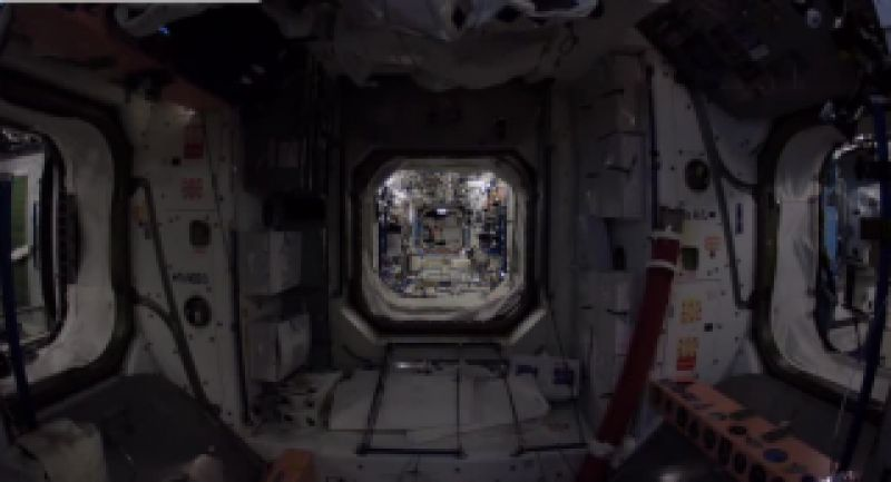 گذری در ایستگاه بین المللی فضایی