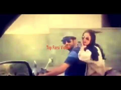 سام درخشا نی  و همسرش در حال موتور سواری  در اتوبان تهران