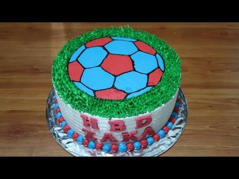 ایده تزیین کیک تولد پسرونه فوتبالی
