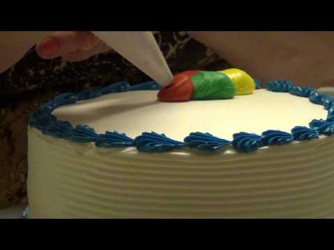 ایده تزیین کیک تولد پسرونه با خامه