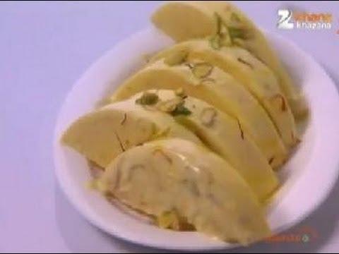 تهیه بستنی بادام لذیذ 2