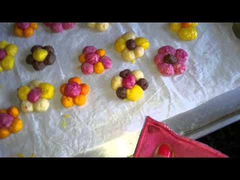 شیرینی پزی-شیرینی گل های بهاری