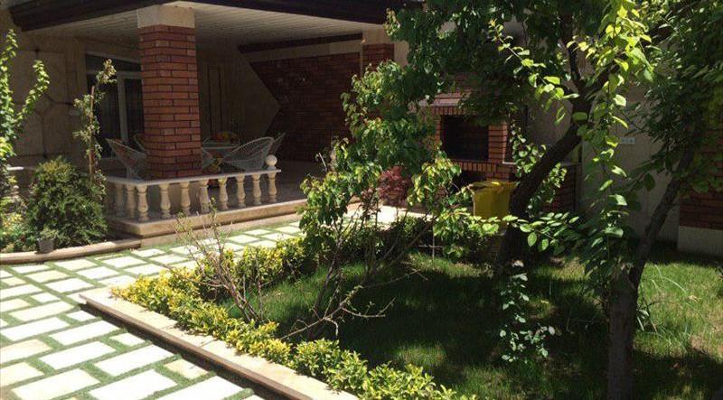 500 متر باغ ویلا واقع شده در کردزار منطقه ویلایی