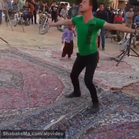 رقص محلی میترکی از خنده