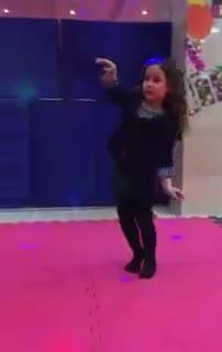 کلیپ رقص دختر کوچولو ایرانی - خیلی زیبا