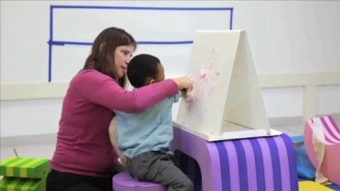 کاردرمانی کودک دو ساله